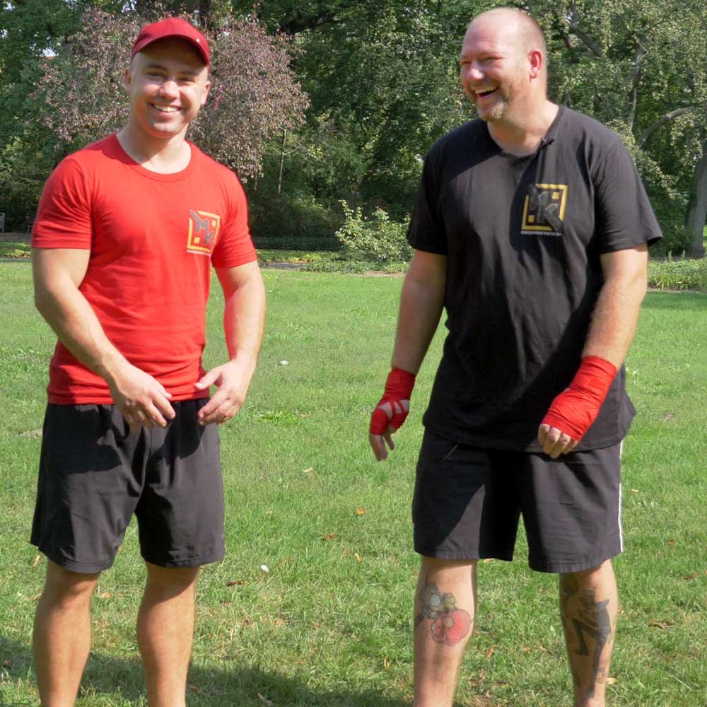 Martin und Marcel Kucharski machen Personal Training in Cottbus - abnehmen durch ernährungsumstellung und kickboxen